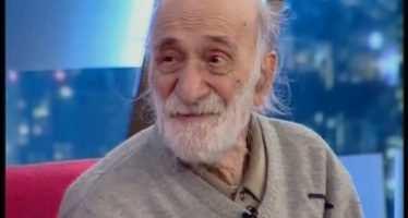 """გენიალური """"შერეკილების"""" 100 წელს მიღწეული გმირი ფილმიდან (ვიდეო)"""