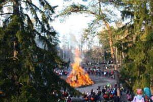 easter_bonfire_finland