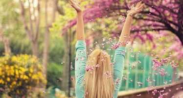 არიან ადამიანები, რომლებსაც მოაქვთ ბედნიერება